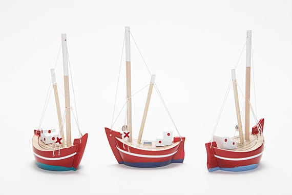 Free Shipping - Collection of  3 Wooden Boats