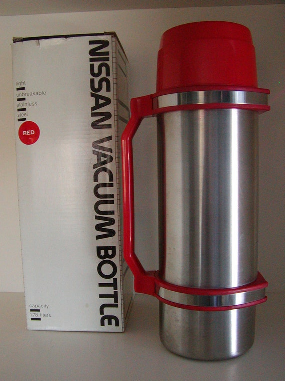 Nissan Vacuum Bottle Thermos Stainless Steel Red Trim 60 Oz
