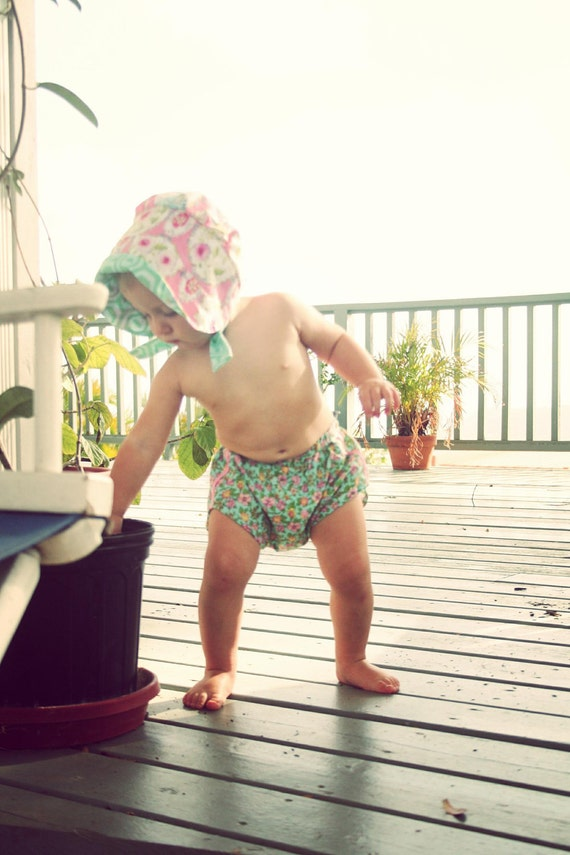 baby bloomers/diaper cover (9-18 mos)