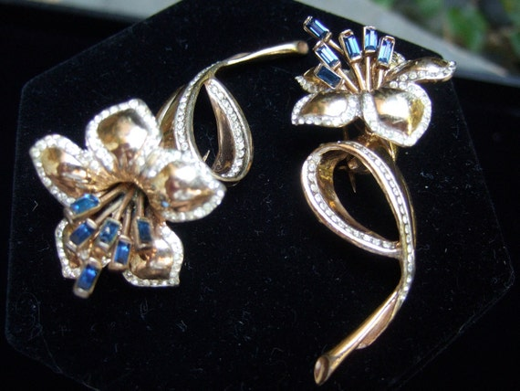 CORO STERLING 1940s Flower Fur Clips Pair