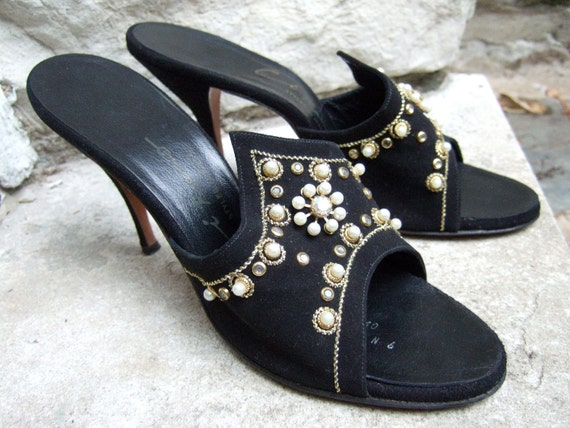 1950s Jewel Encrusted Suede Mules Made in Italy Size 9 N