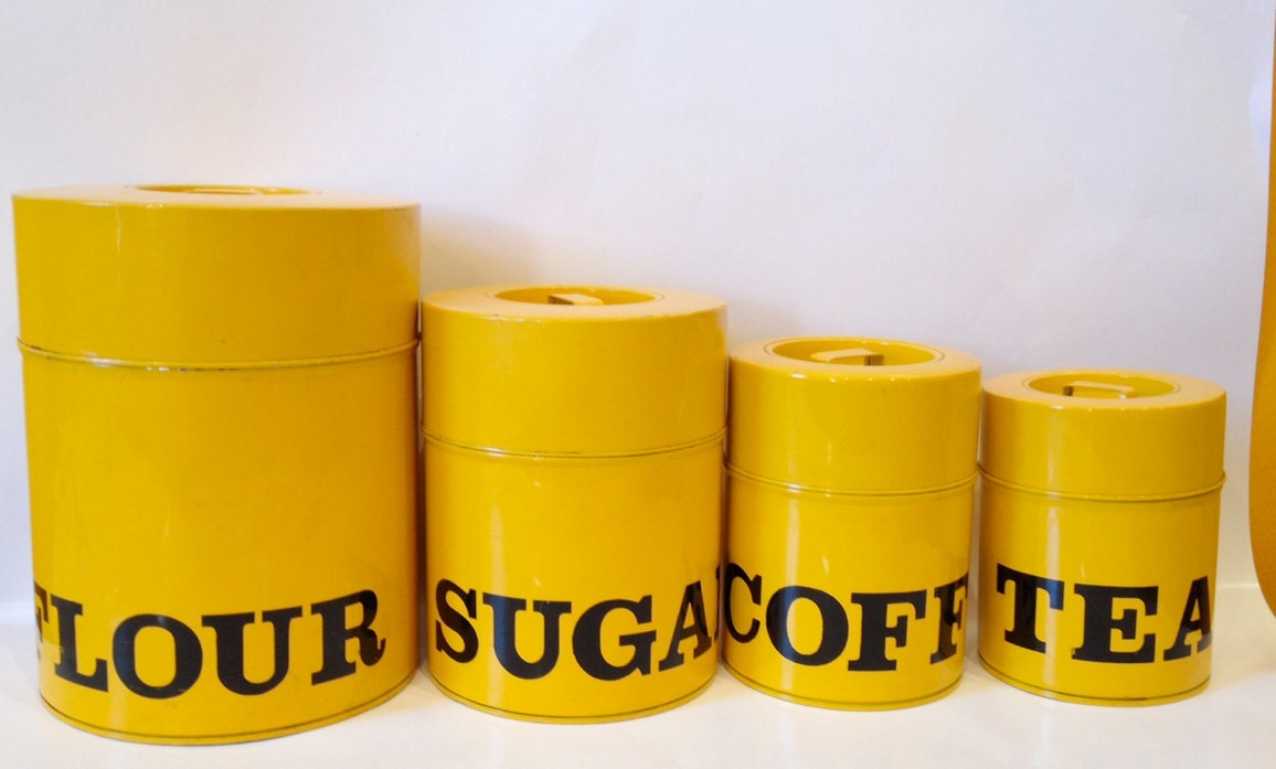 Vintage retro yellow metal kitchen kitschy canisters for Kitchen set yellow