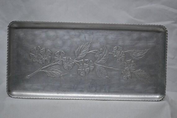 Vintage Aluminum Snack Tray - Dogwood - Cherry - Al