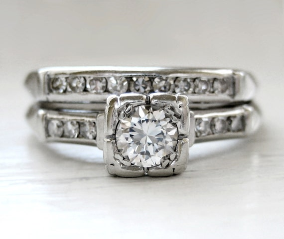 Vintage Art Deco Round Brilliant Diamond Engagement Ring 18kt White Gold Wedding Set High Quality VVS-2 Diamond