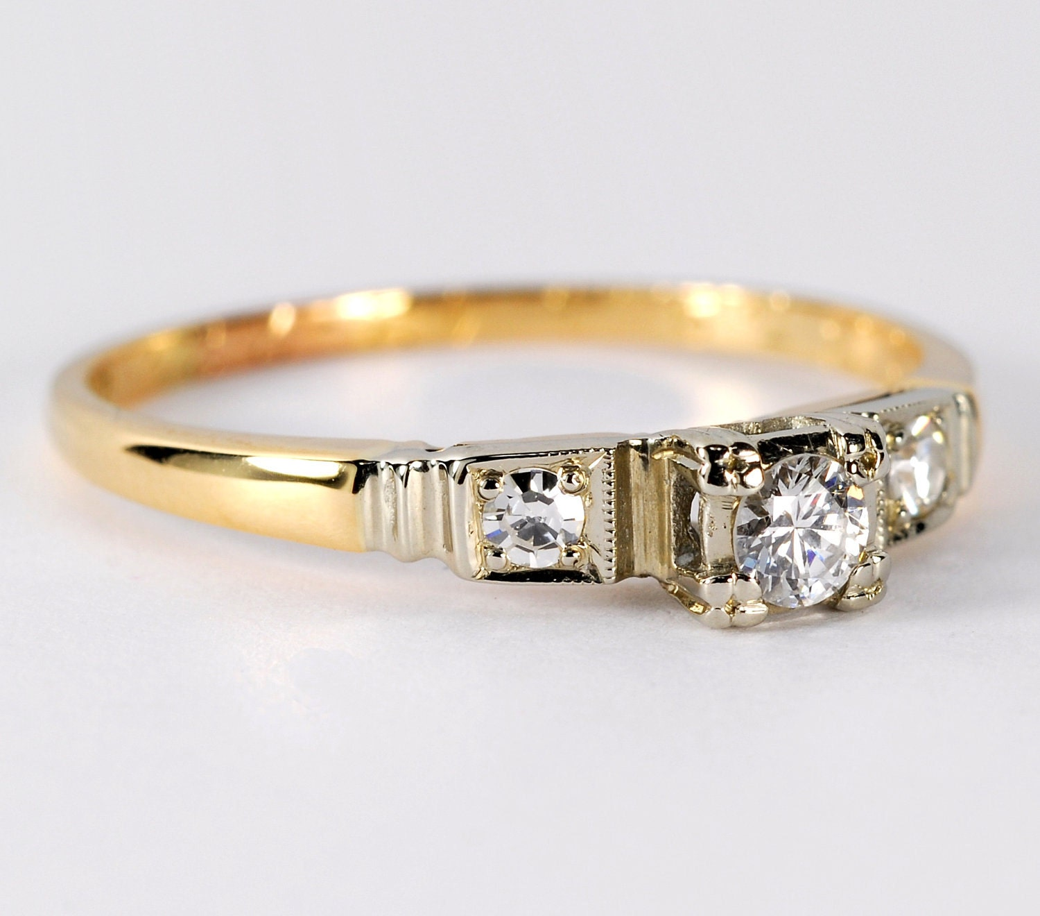 Vintage 3 Stone Diamond Engagement Ring 14kt Yellow Gold With