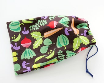 Vegetable Gift Bags / Garden Party Favor Bags / Cloth Bags / Cooking Goodie Bags / Fabric Goody Bags / 6.25 x 9.5 inches / Set of 5