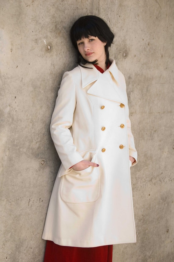Gorgeous ivory London Fog pea coat, double knit white, made in the U.S.A., 1970s
