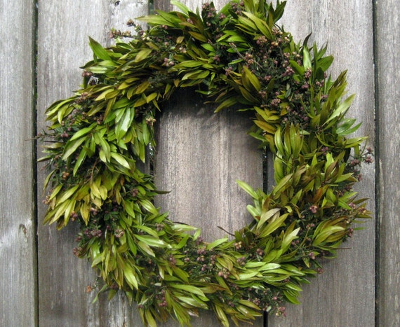 Year Round Wreath - Spring Beauty - Pacific Wax Myrtle & Evergreen Lilac - 19 in. Wreath