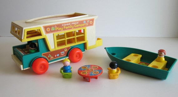 Fisher Price Play Family Camper Vintage LIttle People 1972 994 1970s toys
