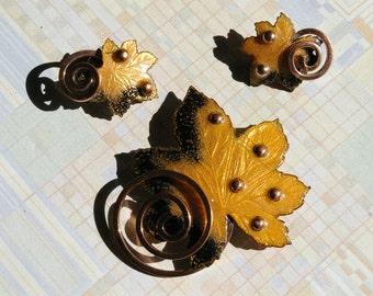 """Vintage Copper Matisse Renoir Demi Parure Brooch and Earrings - """"Leaf"""" - Gold and Black Enamel - 1950's"""