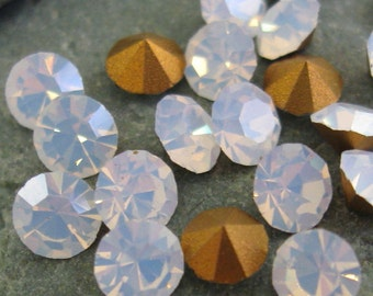 Unusual White Opal Rhinestones in SS-19.  3 dz.