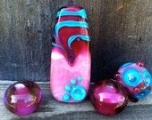 Set of 4 Artisan Lampwork Beads - Raspberry Ripple - Pendant and 3 rounds