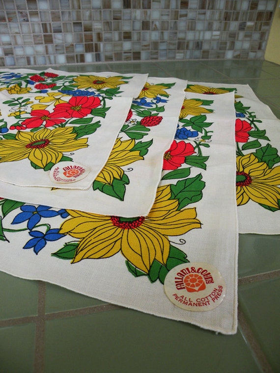Fallani and Cohn Like New Vintage Napkins Floral Yellow Blue Red and Green