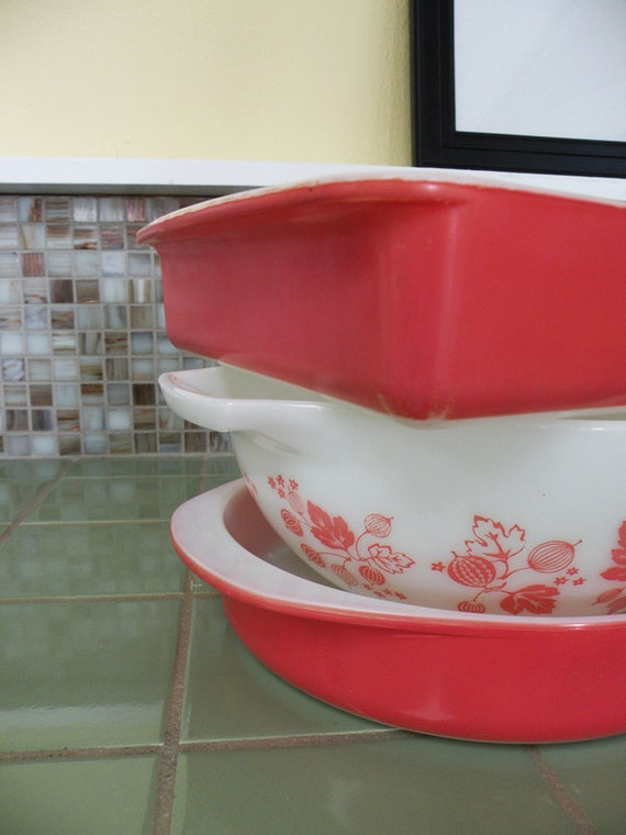 RESERVED for Desiree and Kevin // Pink and White Gooseberry Bowl and Two Flamingo Pink Baking Dishes by Pyrex