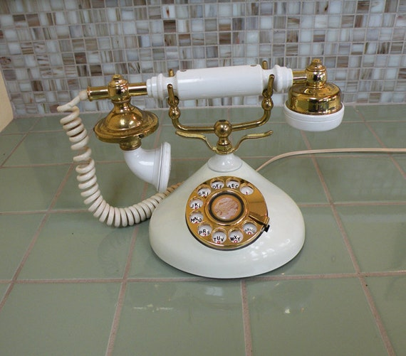 Pillow Talk Princess Phone // Ivory and Gold 70s Telephone