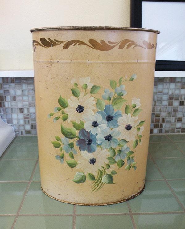 Shabby chic tole painted metal trash waste basket - Shabby chic wastebasket ...