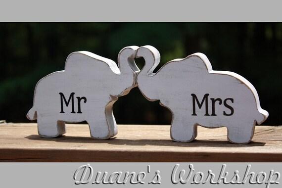 Mr Mrs Elephants In Love Elephant Trunk Heart Mr And Mrs Wedding