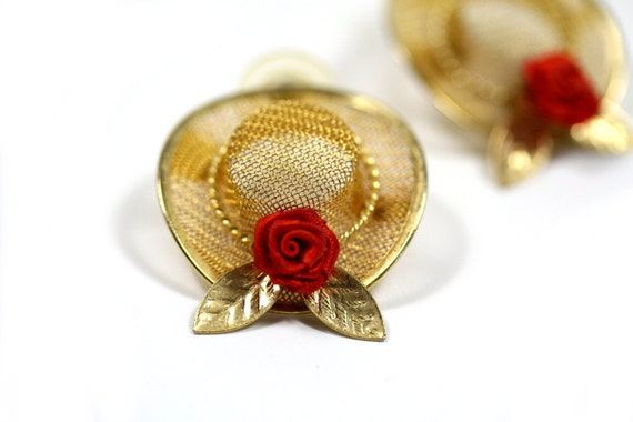 Vintage 1960s Gold Hat Post Earrings with Roses