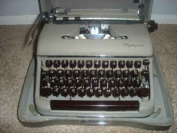 Portable Olympia SM3 Deluxe Model Typewriter in Original Case