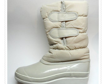 SALE NEW WAVE Womens Teens Warm Winter Snow Boots - Size 7 - Duck Style - Ivory Puffy