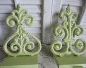 Fleur De Lis Iron Green Rustic  Stocking Holders Mantel Shelf Decor Wreath Garland Holder Set of 2