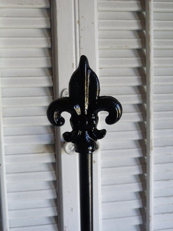 Upcycled Fleur De Lis Iron Black High Regency Paper Towel Holder Kitchen Decor Paris Apartment Decor