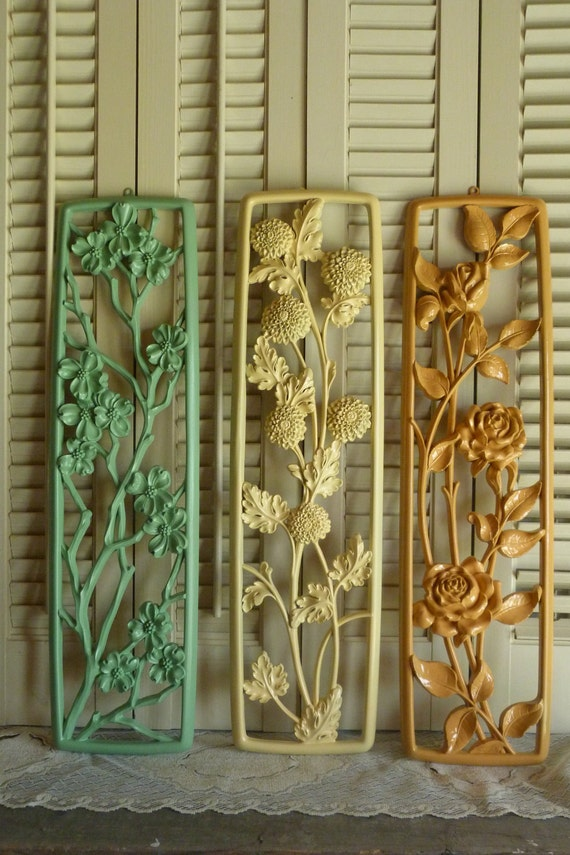 Vintage Set of 3 Yellow Green Tangerine Orange Flower Cottage Chic Farmhouse Style Country Wall Decor Wall Hanging