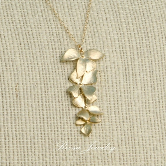 Flower Necklace in Gold Bridal Party Cascading Flowers Bridesmaid Necklace Wedding Party Gifts