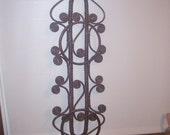 Vintage Wicker 2 Ring Towel Rack