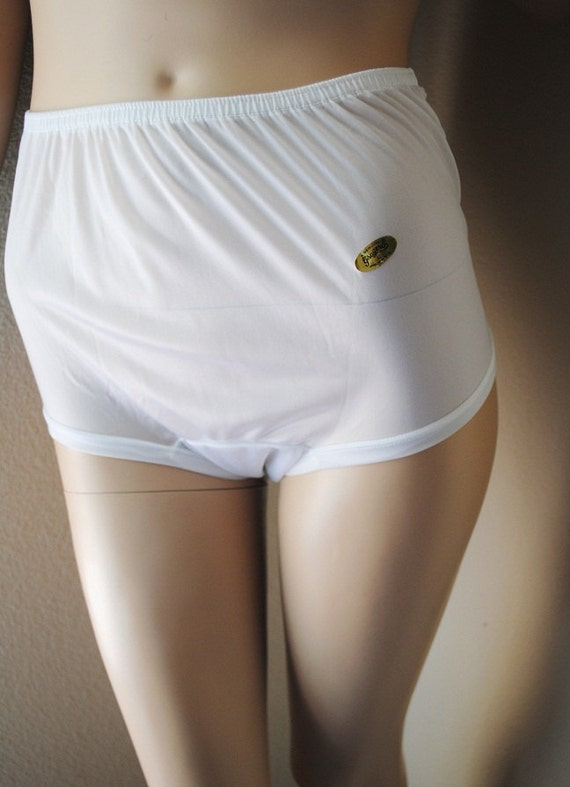 Vintage White All Nylon High Waist Panties - by Gragero - Large - New Unworn