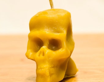 Beeswax Skull Candle Number 1