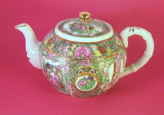 Teapot, Japanese Porcelain Made for Joseph Horne Company