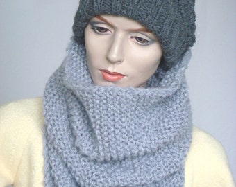 Oversize Chunky Knit Cowl Scarf Infinity Scarf  Knit Neckwarmer Snood in Grey  Wool Blend --- Ready to Ship