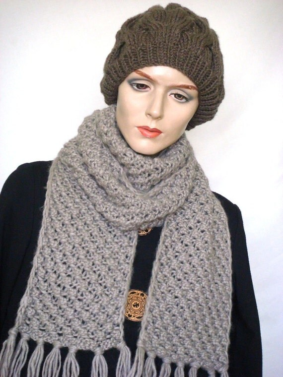 Long Hand Knit Scarf Chunky Scarf with Pineapple Pattern in Grey --- Ready to Ship