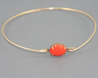 Single stone coral orange vintage glass  gold modern  bangle