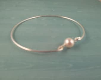 Swarovski Single pearl Silver Bangle Bracelet