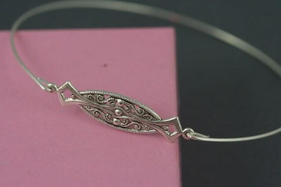 Victorian style silver Bangle bracelet