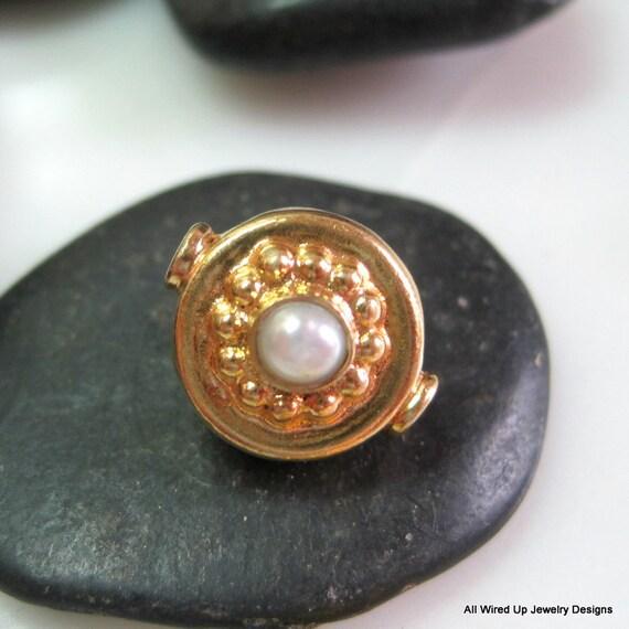 Bali Gold Vermeil Fancy Pearl Beads - 11x14mm - Qty 2