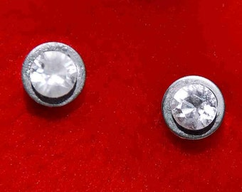 STUD EARRINGS STAINLESS Steel Swarovski Saphir Diamond Crystals Minimalistic Stylish Ice and Fire Design Line