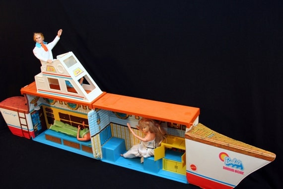 Vintage 1974 Barbie Dream Boat Chris Craft Yacht Play Set By