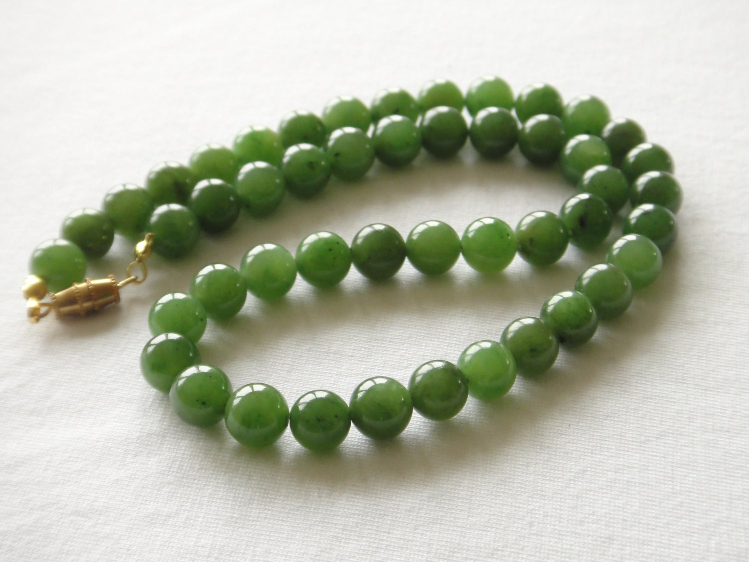 Vintage Jade Necklace 8mm Beads 20 Inches Grade A