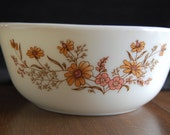 SALE - Vintage Country Autumn Pyrex Bowl - Made in England