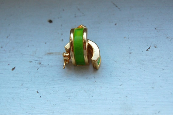 Vintage Lime Green and Gold Hoop Cuff Earrings
