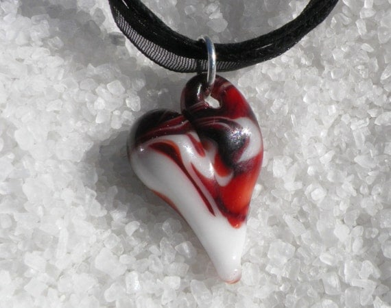 Valentines Glass Heart Necklace, Red n White