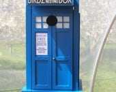 Doctor Who TARDIS style London Blue Police Box Birdhouse