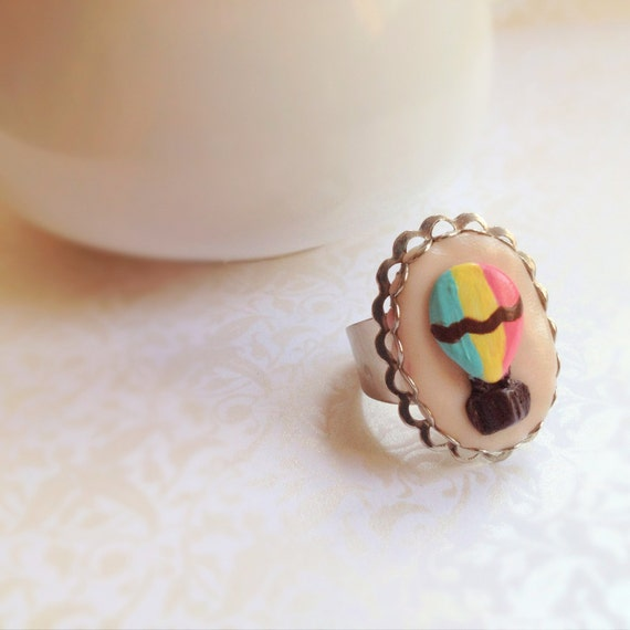 Hot Air Balloon Ring. Adjustable Silver Ring. Polymer Clay. Hand-Sculpted. Pastel. Romantic. Whimsical. Pink. Green. Yellow. Oval. Cute.