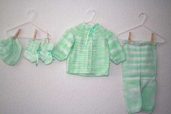 Handknit 100% Peruvian Wool Green Baby Set