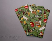 Wine and Cheese Theme Napkins on Green, Set of 4 Dinner Napkins, Hostess Gift, Modern Home Decor Table Accents