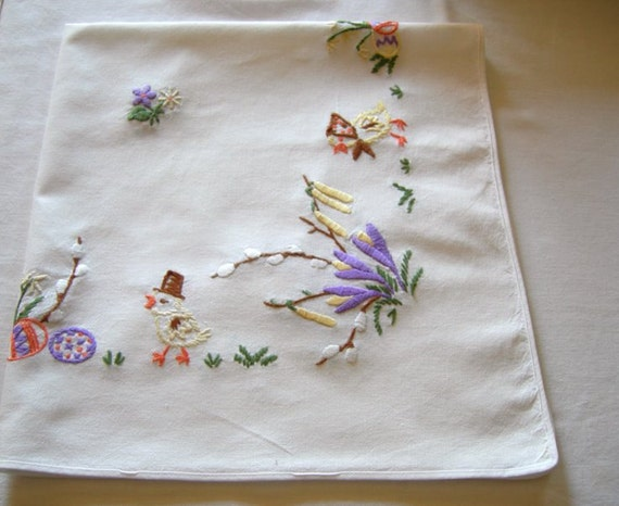 Lovely German Vintage Easter Handembroidery  Linen Tablecloth  with Chicks / Table linen Table topper