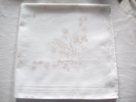 German Vintage Embroidery Spring Flowerbouquet Cotton Stamped Fabric Table runner for Handembroidery